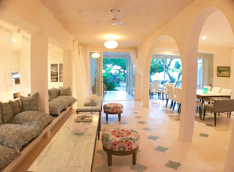 Casa Coco Dining Lounge Hallway