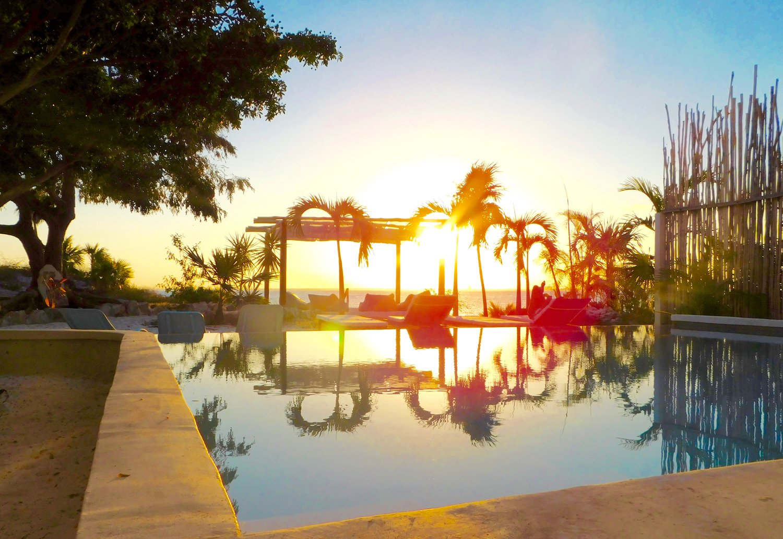 Casa Coco Pool Sunset