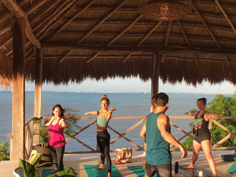 Casa Coco Yoga Group_1