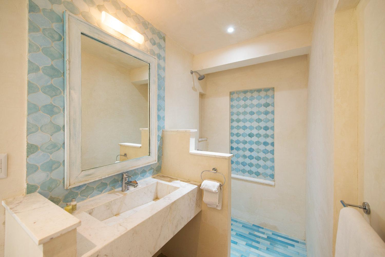 Casa Coco Room 5 Bathroom