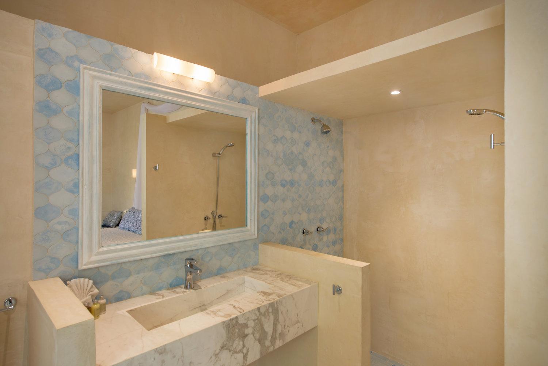 Casa Coco Room 9 Bathroom