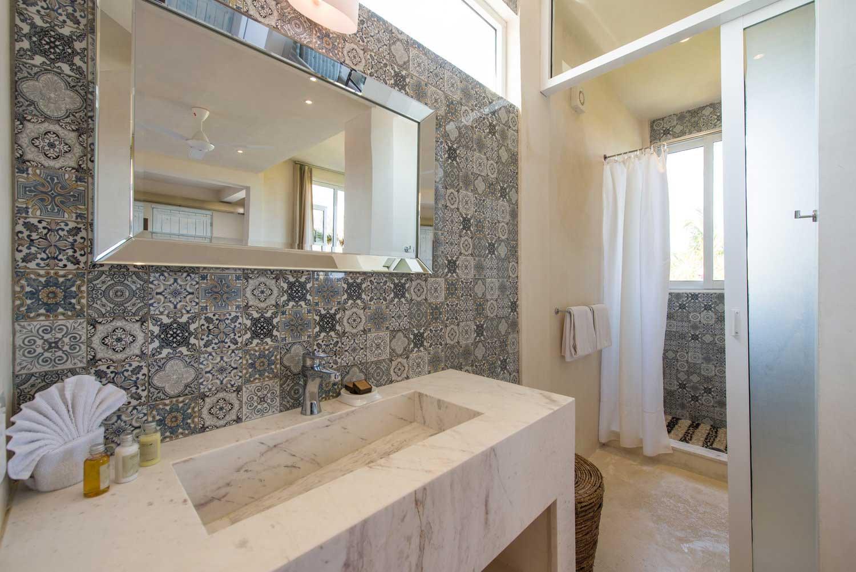Casa Coco Room 8 Bathroom