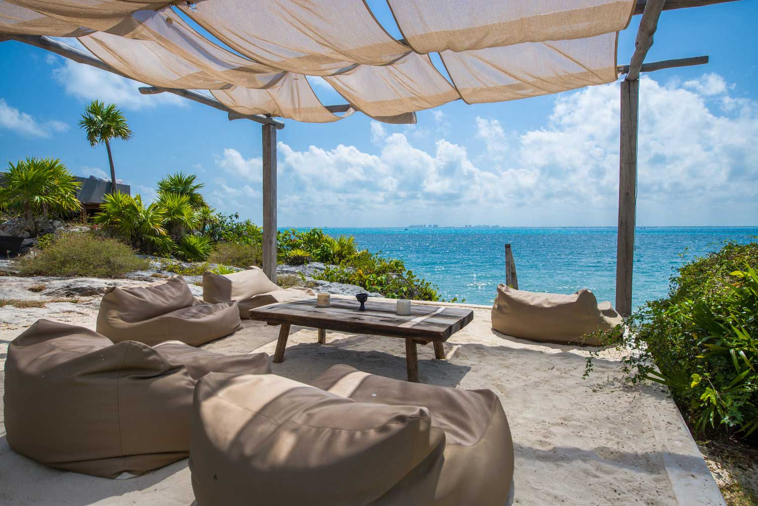 Coco-Sun-Loung-Ocean-View-(Compressed).jpg