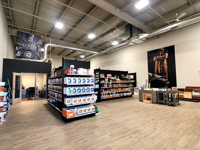 Store views🙌 • • • • #flooring #diyflooring #hardwoodfloors #carpet #tile #tools #professional #flooringsupplies #toolrepair #artisan #craftsman #designinspiration #floorinstall #sandandfinish #flooringinsallation #flooringcontractor #flooringsupply #floorstore #homerenovation #fixerupper #flooringdesign #homeimprovement #DIY #milwaukee #waukesha #floorlife #remodelingideas #artisanfloorsupply