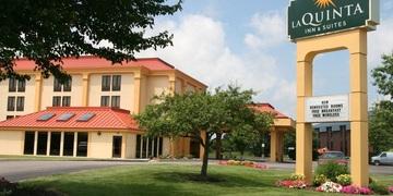 La Quinta Inn & Suites Canton OH   Canton, OH |3 Star | 98 Rooms Status: CURRENT (330) 492-0151