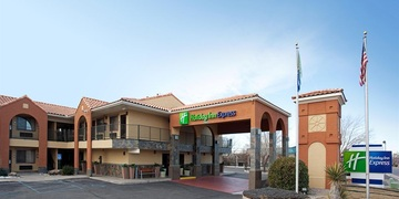 Holiday Inn Express Albuquerque   Albuquerque, NM | 3 Star | 104 Rooms | Status: EXITED