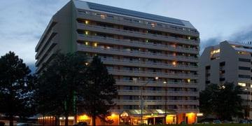 Radisson Hotel Stapleton   Denver, CO | 3 Star | 300 Rooms | Status: EXITED