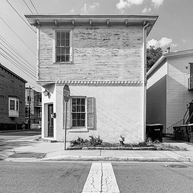 Drop the pin. 434 Jefferson Street, Savannah, Georgia 31401. #savannah #georgia #thisplacematters#historicpreservation#visitsavannah