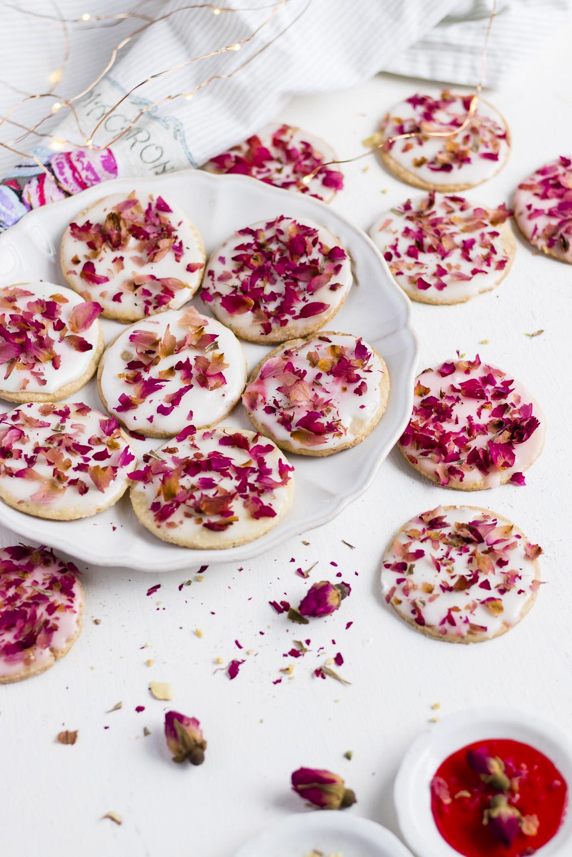 Rose Cookies_-3.jpg