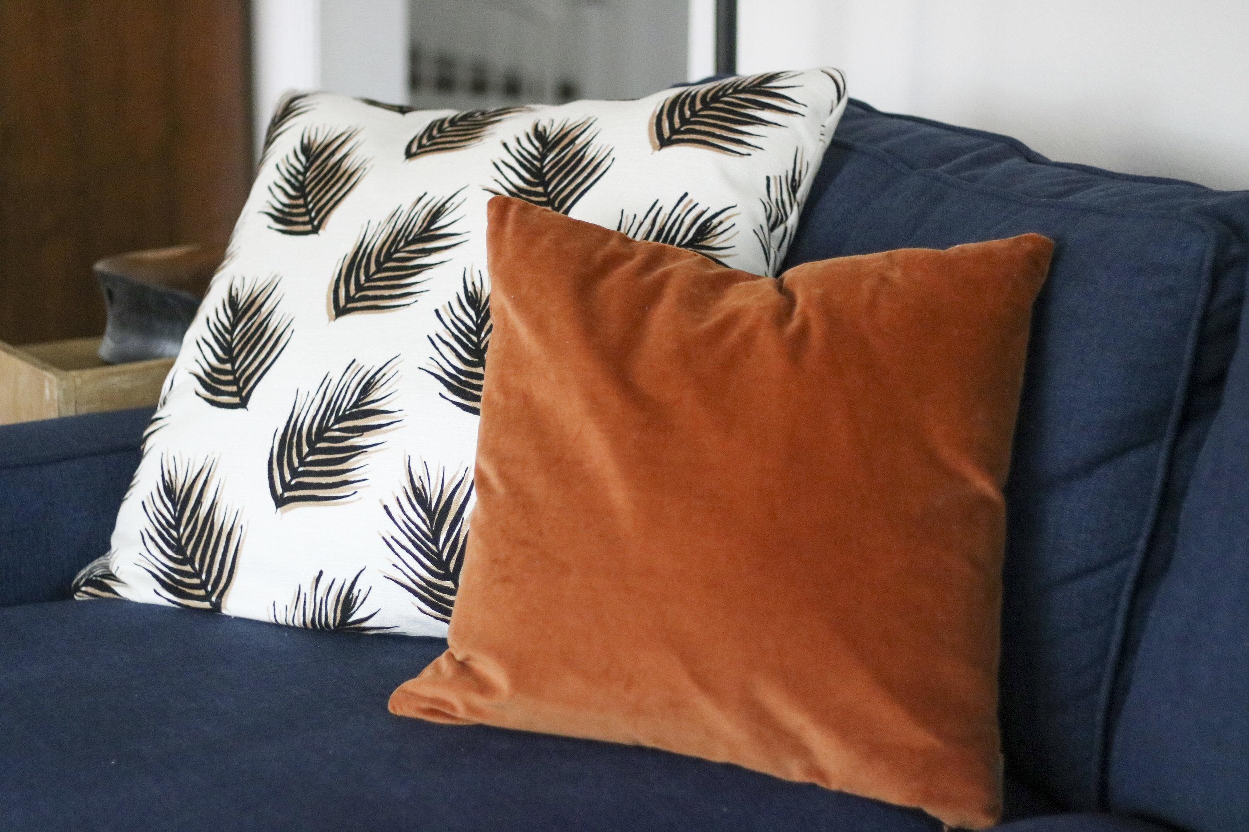 Leaf Fabric  |  Velvet Pillow