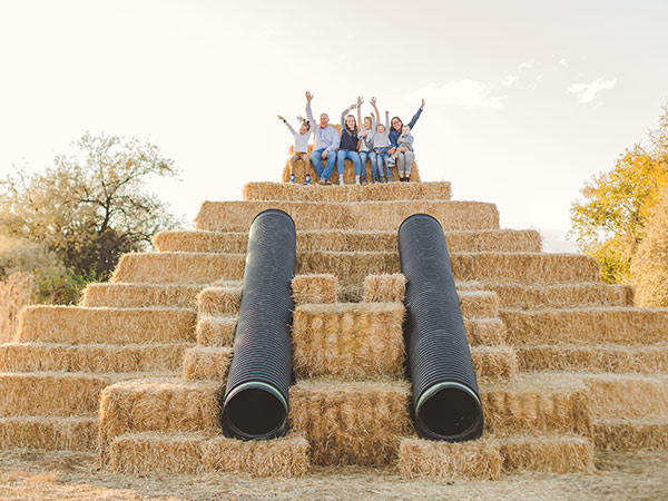 Straw Pyramid -