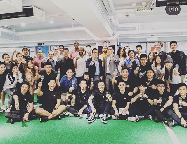 Cheers 🥂 @sportslineasia. Here's to a successful collaboration in bringing sport science and pro athlete level services to the general population.  #strengthandconditioning #boutiquegym #athlete #testing #sportsperformance #fitnessevaluation #personaltrainer #newgym #sportscience #athletictraining #hongkongfitness #physicaltherapy #rehab #sprint #interval #training