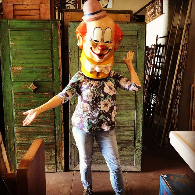 Life can be a bit of a circus here at Architectural Salvage, we are always clowning around and sometimes it goes to our head... #architecturalsalvagesd#architecturalsalvage #littleitalysandiego#kettner #lifeisacircus#havesomefun#vintagecostume#clowningaround #possiblyelizabeth #clownsightings #amazingfind #halloween #elizabethbeatsmatt