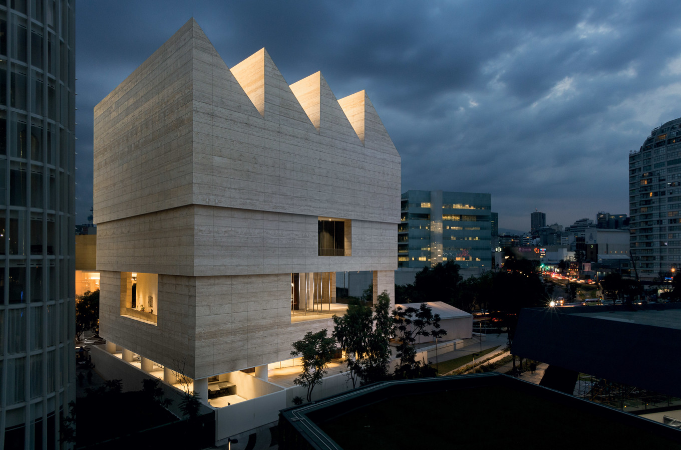 Zumtobel-Museo-Jumex-Mexico-City-Mexico-David-Chipperfield-Architects-Frontal-FACTOR_201606221840.jpg