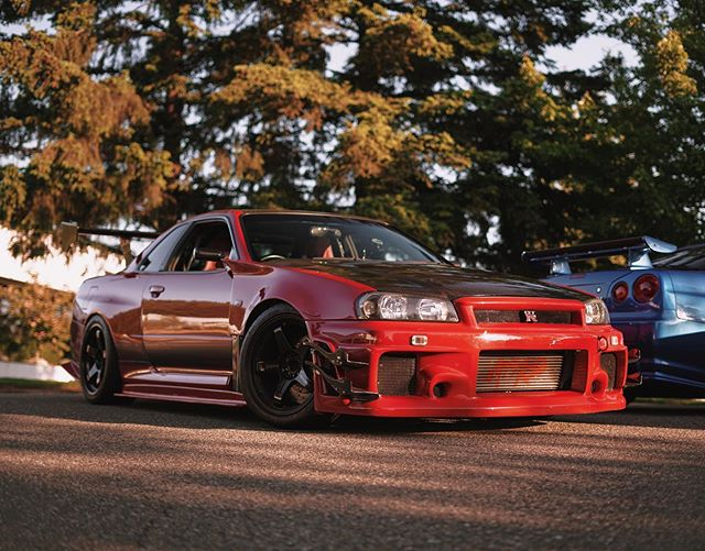 Here are the two CarMeets R34 GTRs. Who is ready to see them at Monterey this year?#carweek#monterey#r34#gtr#skyline 📸@estwokay