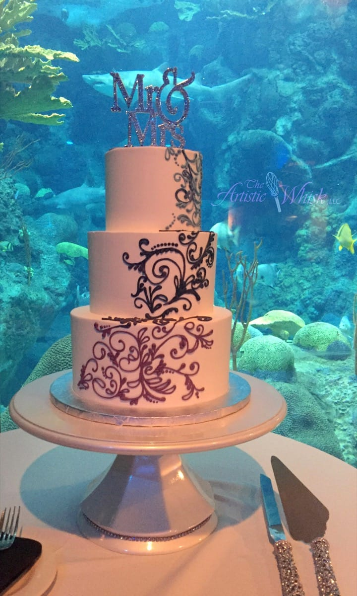 blue-and-purple-piped-ombre---all-buttercream-09-14-03-995-io.jpg