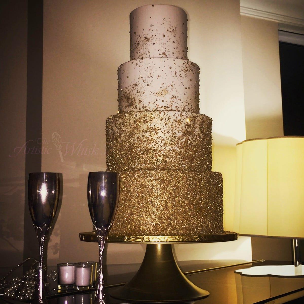 new-years-wedding---gold-sparkle-texture---buttercream-io-02-45-58-549-io.jpg