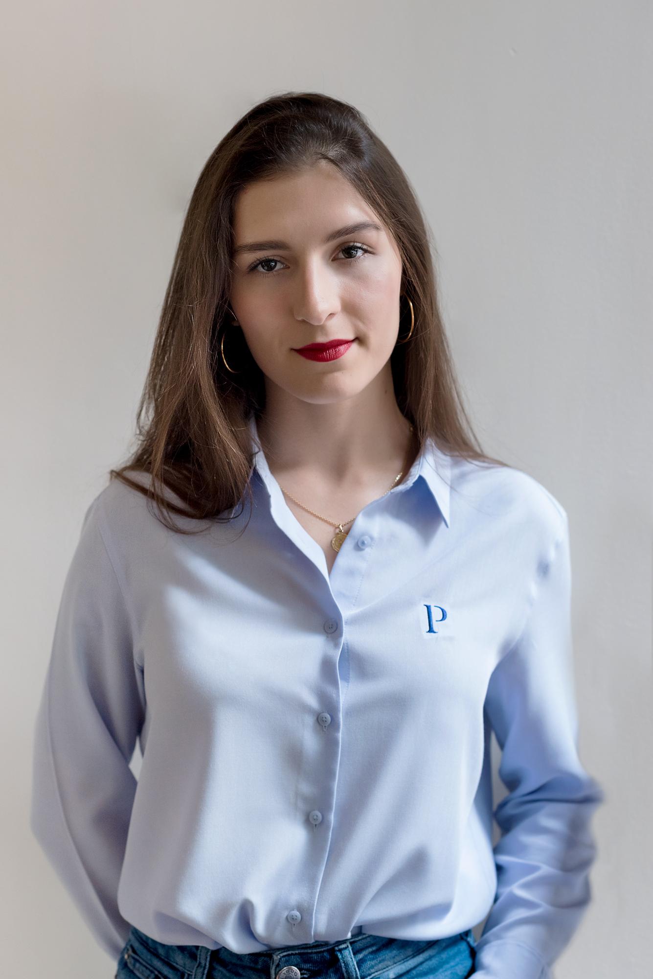 Elena Oliver