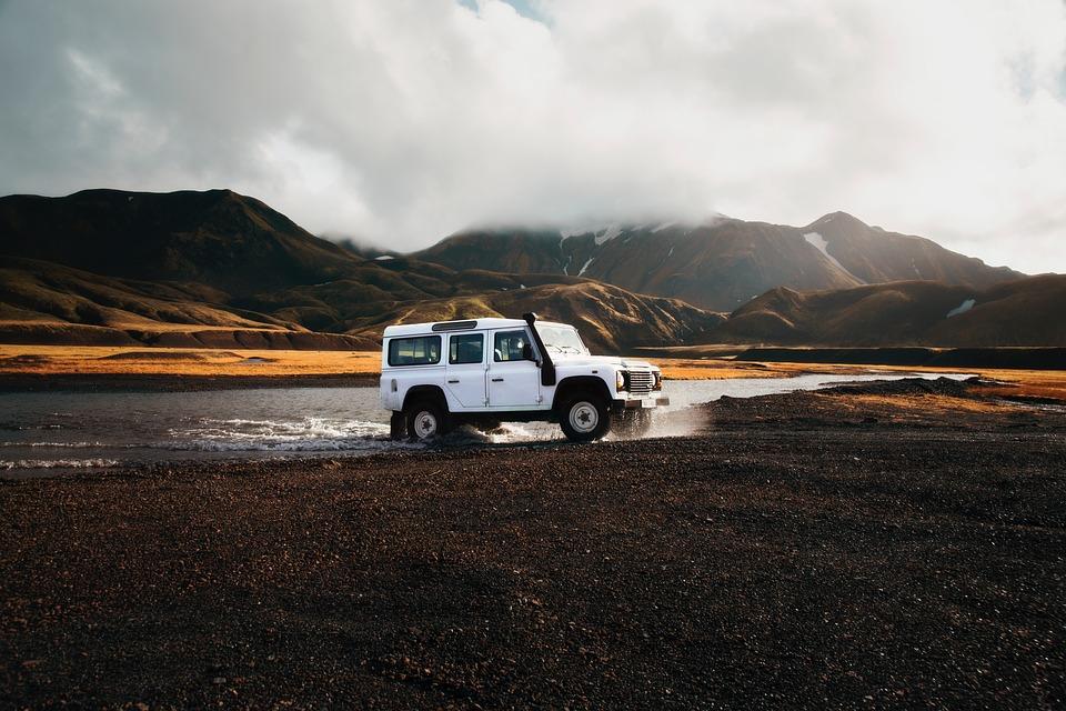 Iceland car.jpg