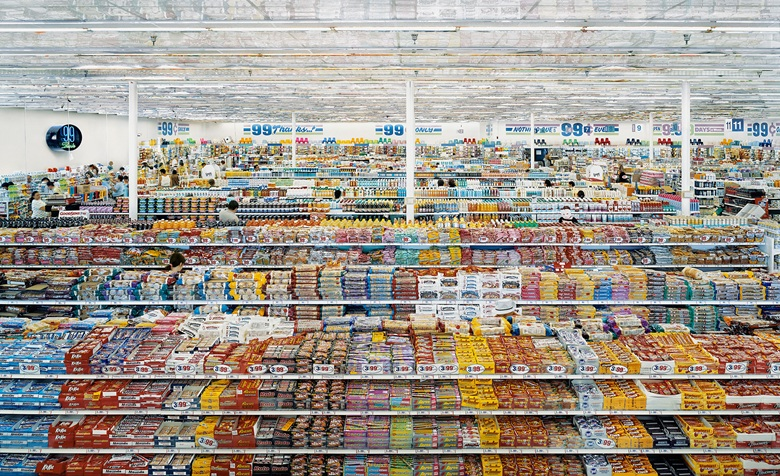 Andreas Gursky -  99 Cent II   (2001)