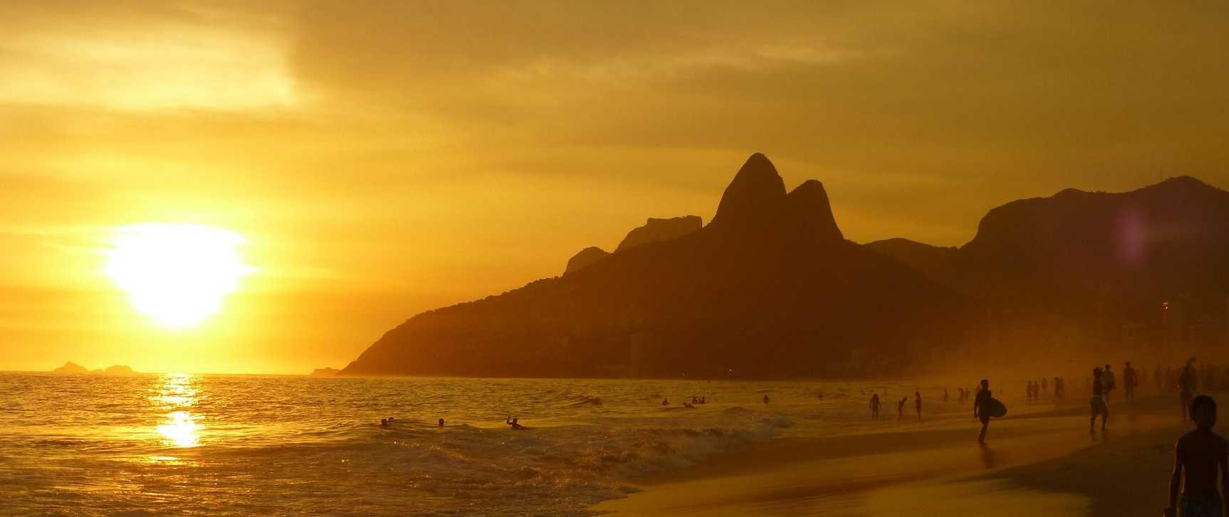 ipanema-beach-99388_1920.jpg.1726x727_default.jpg
