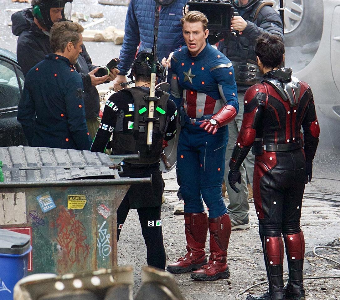Chris Evans on the set of Avengers 4