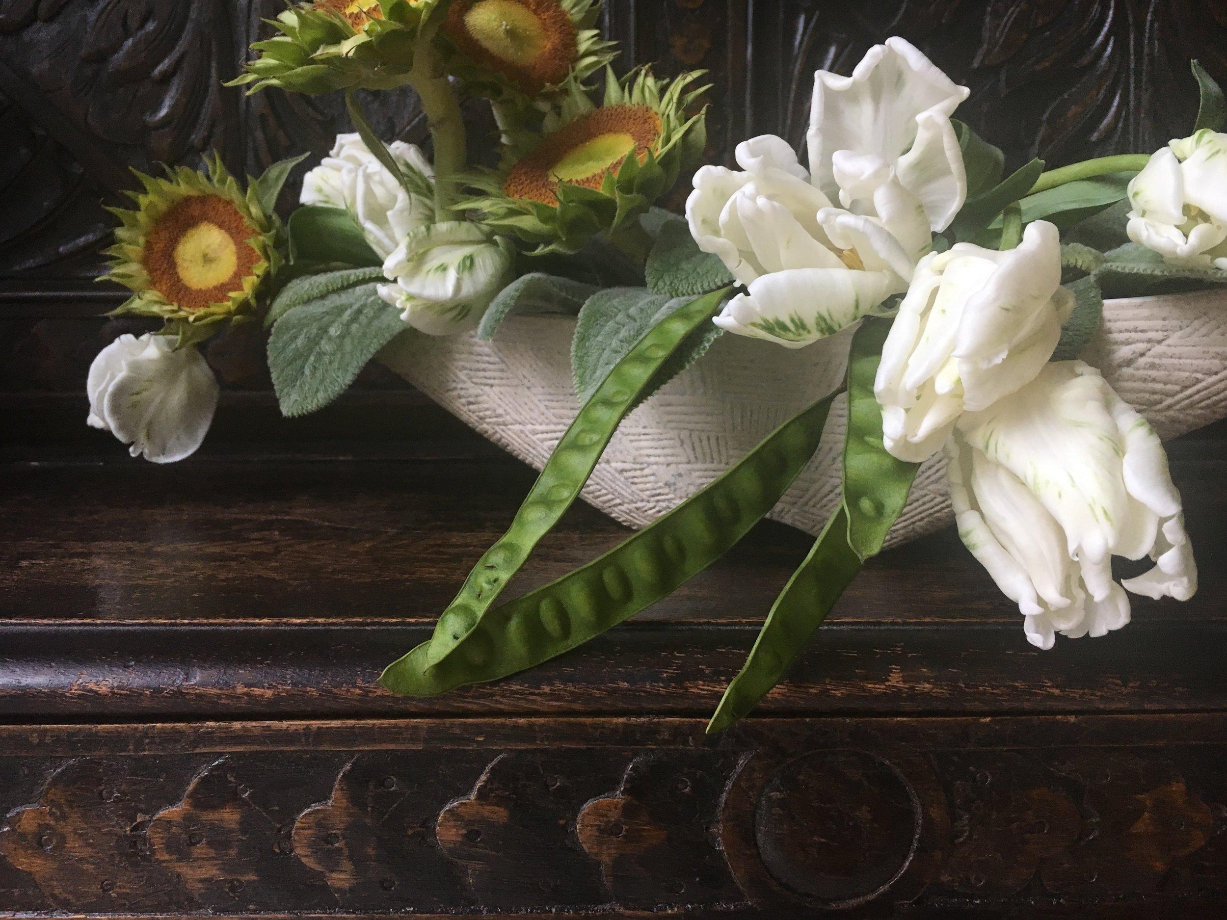 snappeasunflowers.jpg