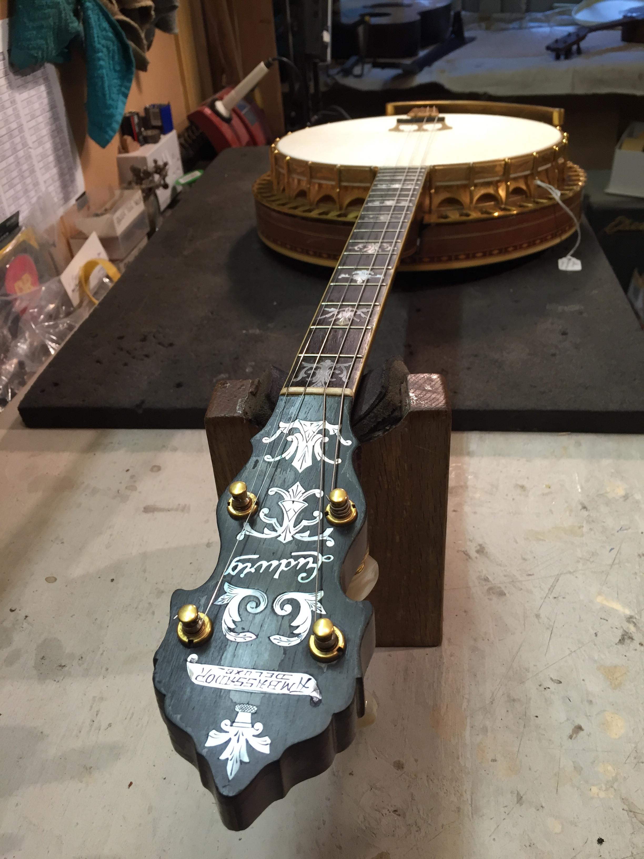 Ludwig banjo (re-skin)