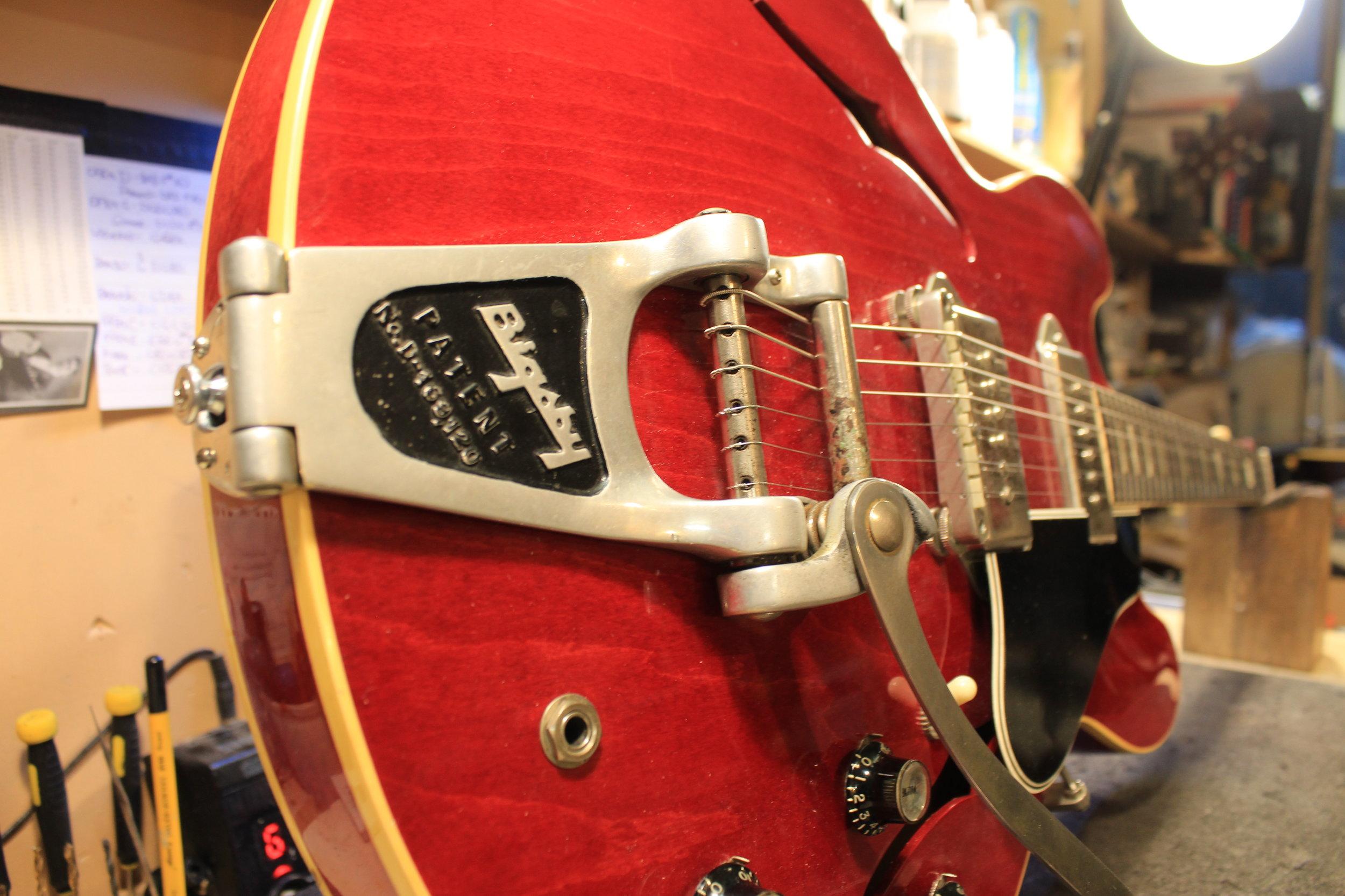 1963 Gibson ES-330