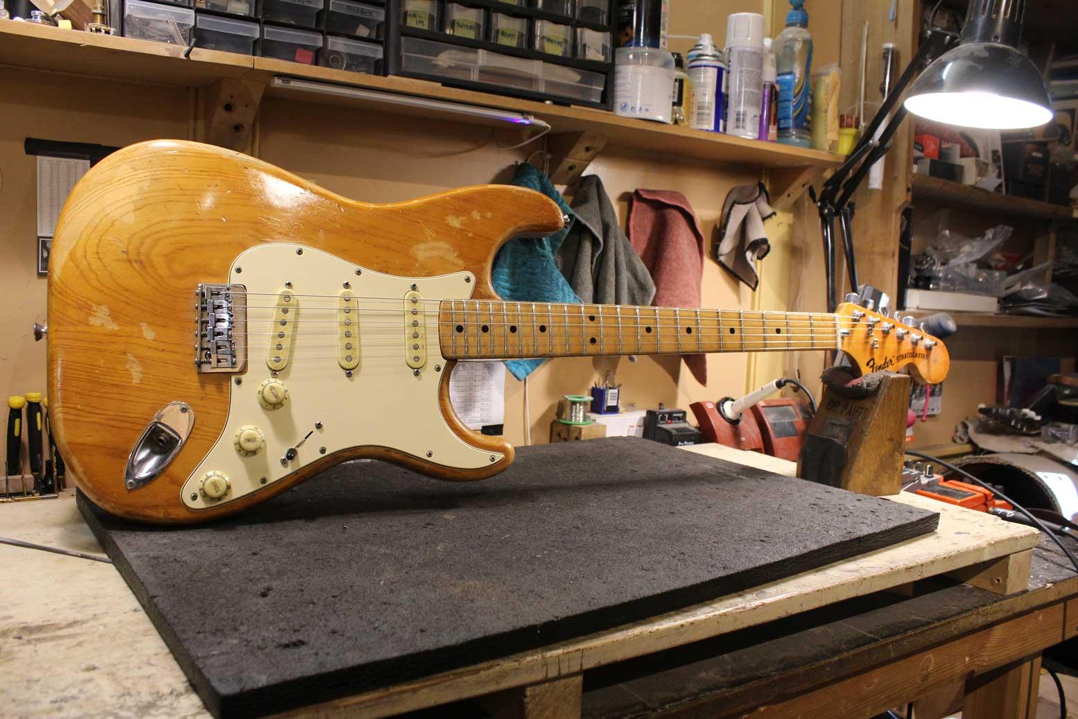 1974 Fender Strat ( re-fret )