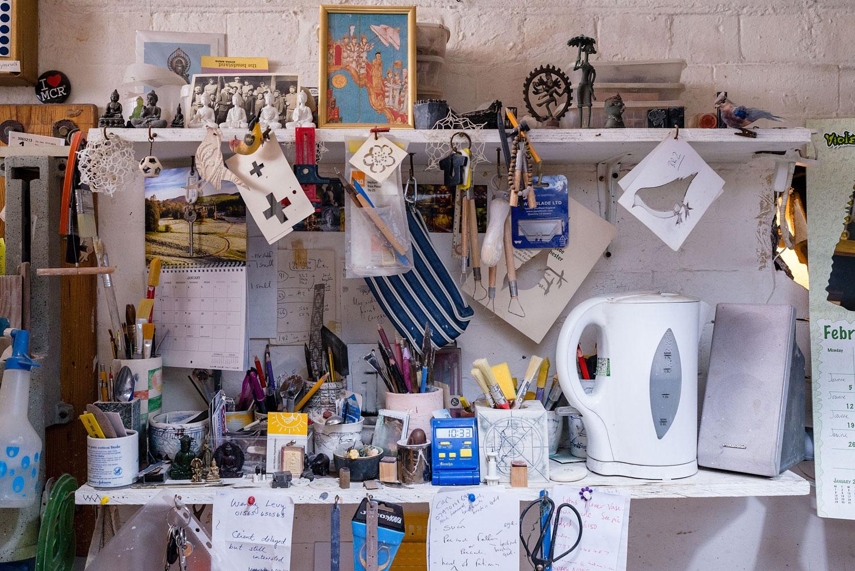 lee-page-hanson-ceramics-the-shelves.jpg