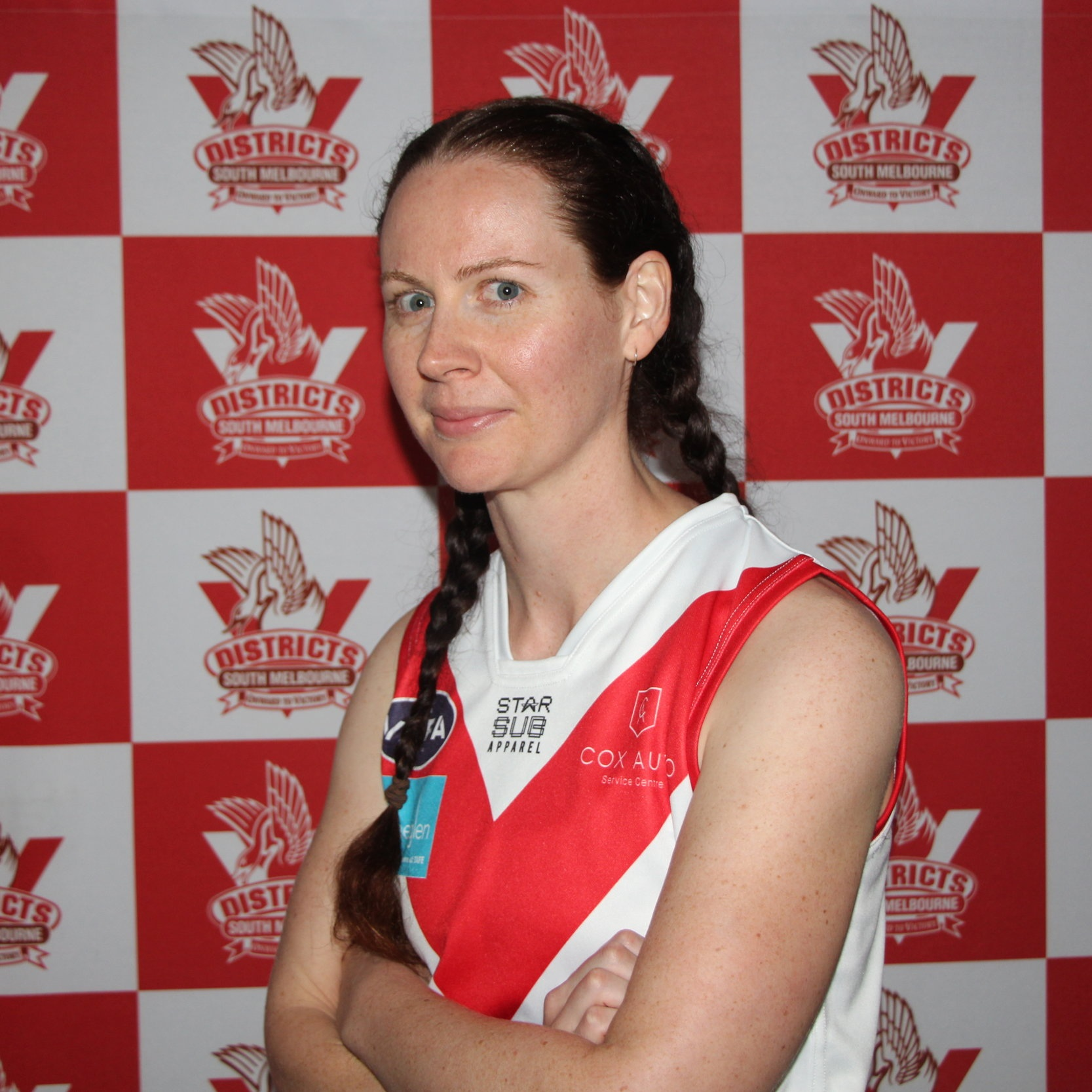 Em C  Hammer joined the Bloods in April 2019 and took to the oval swiftly after wearing the #86. She comes to us with a very successful soccer background with the Kellyville Knots- who she helped get into the grand final when they won a penalty shoot-out! Let's hope we can replicate that with SMDFC! Away from sport Emily has danced with rock legend, Bono; given herself a black eye whilst answering her phone and holds down an aerospace engineering career whilst studying for a sound engineering degree!