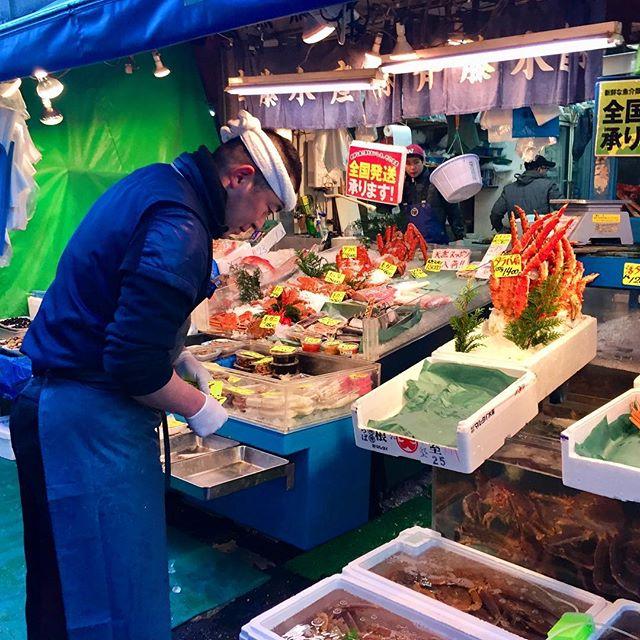 Seafood for breakfast at the Tsujiki Fish Market #basehotelhakuba #skiing #freeskiing #japow #japanuary #ramen #sushi #backcountryskiing #hakuba #hakubavalley #powderskiing #yuki #snow #hakuba47 #shinkansen #airbnb #jumbochocomonaka #dalbello #armadaskis #japan #honshu