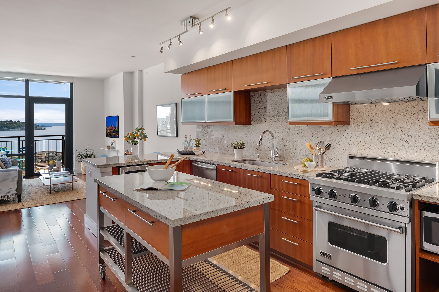 Kitchen to LR.jpg