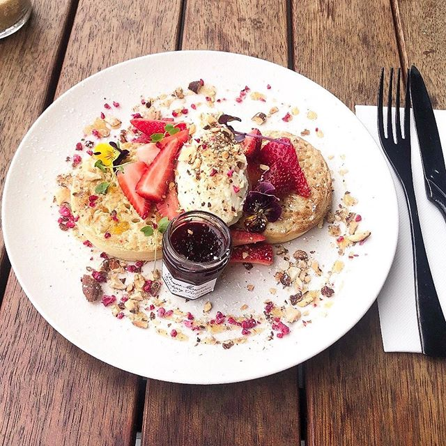 For all those visiting on Mother's Day, we have an extra special treat planned  for you 🌸 The Dr marty crumpets served with orange blossom honey, whipped citrus ricotta, toasted almonds and @bonnemaman_au Jam, available on Sunday ONLY & until it runs out. ☕️ . . . #bonnemamanmothersday #bonnemaman #turningpoint  #melbourneeats #goodfoodau #brunchinmelbourne #melbournebrunch #melbmoment #melbournecafe #melbournecoffee #melbournerestaurants #melbournetodo #foodie #tablesituation #melbournelife #foodstagram #melbournelunch #melbournefoodie #food
