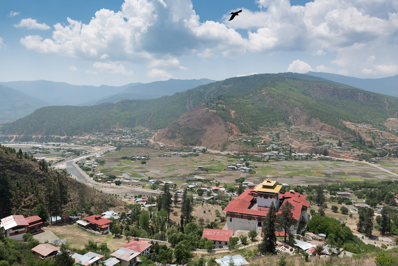 uwm.bhutan.mountains.2.36326598963_ac891ba242_o.jpg
