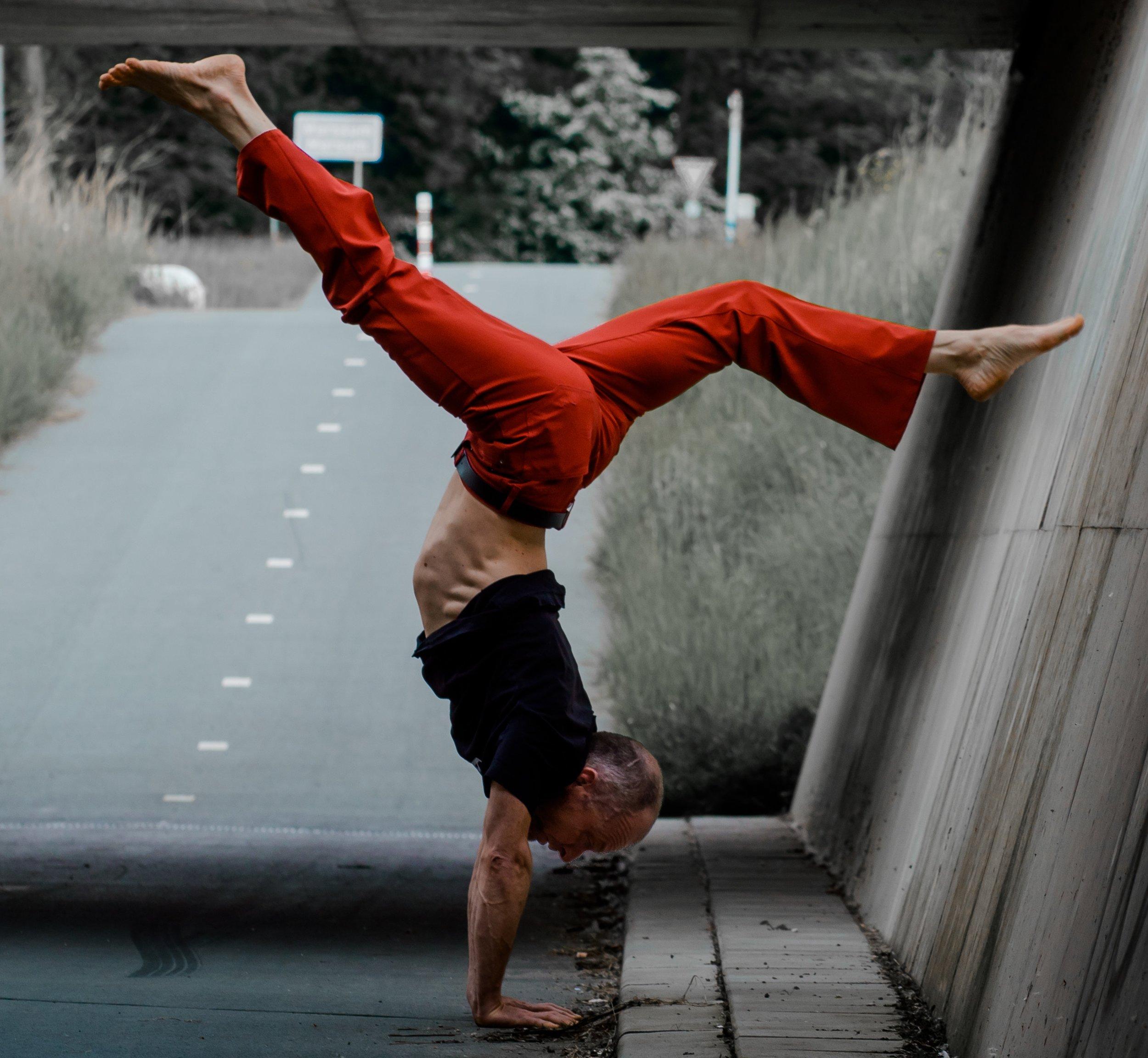 uwm.flexibility.israel-gil-596312-unsplash.jpg