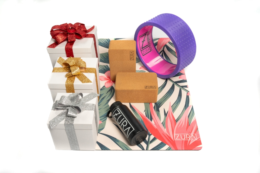 uwm.GiftGuide.2018.ZURA_Holiday Mats with Accessories_BF-SBS-CM_003.jpg