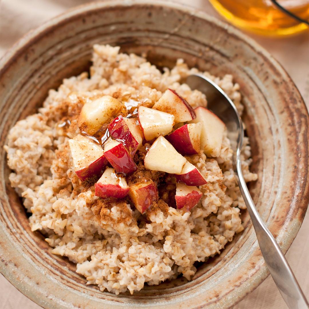 Apple-Cinnamon-Oatmeal-1.jpg