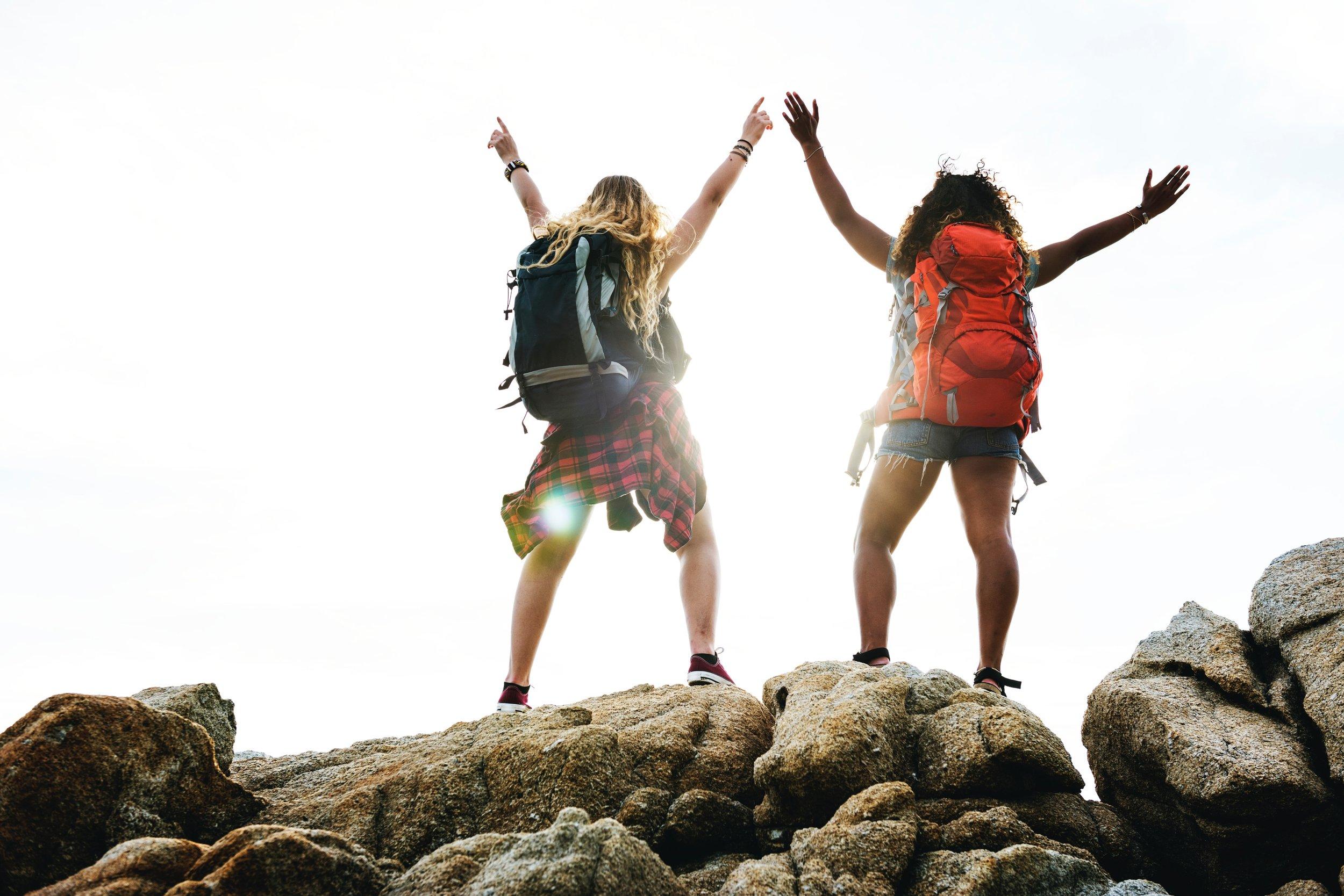 uwm.wsp.newyearbetteryou.achievement-backpack-backpacker-1321729.jpg
