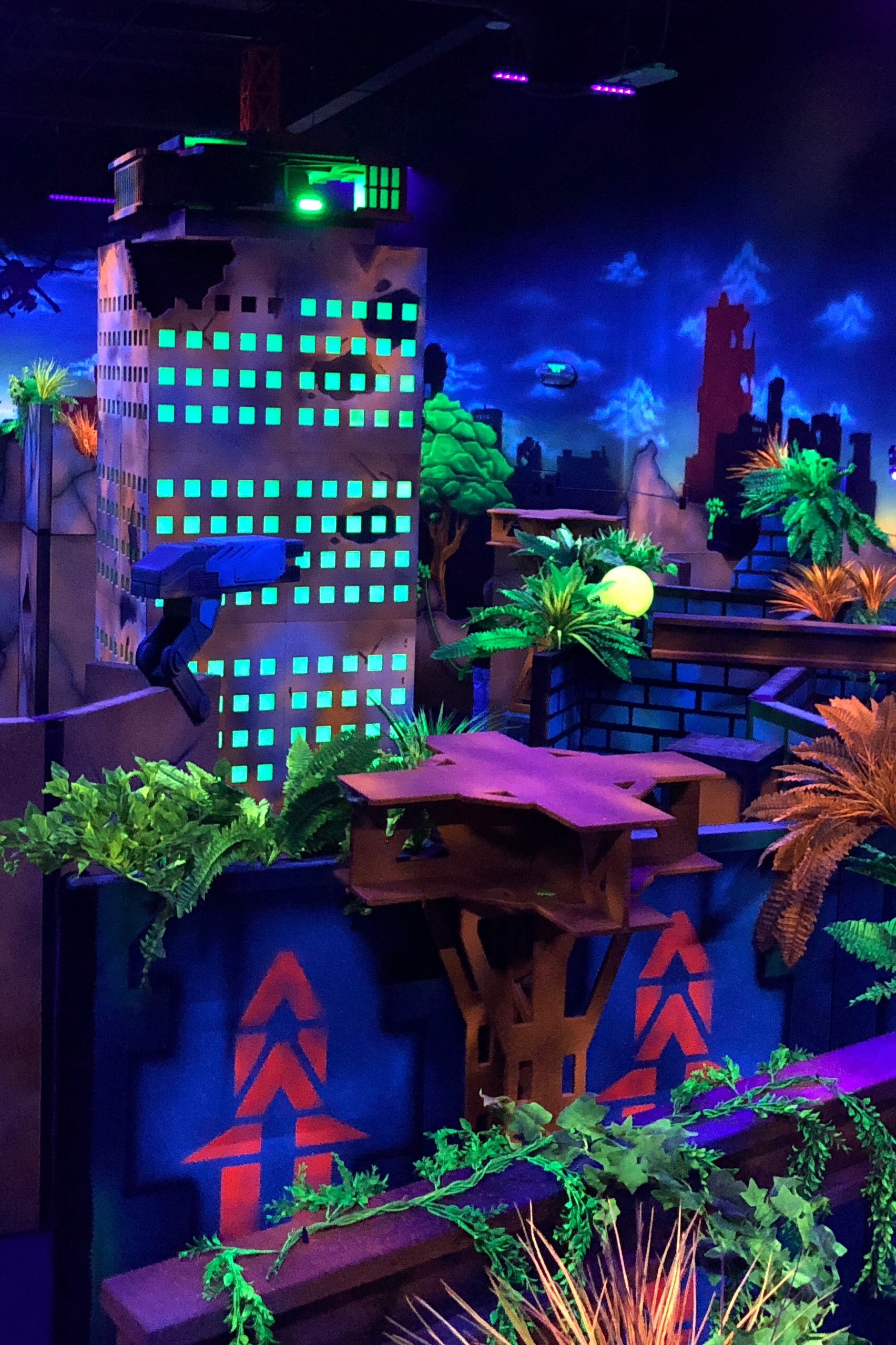 Laser Tag - An immersive experience that will bring you through a subway station to an apocalyptic cityscape. Battle your friends in the ruins of a skyscraper, a crashed Humvee, and walls overgrown with luminous flora.$5.00/game