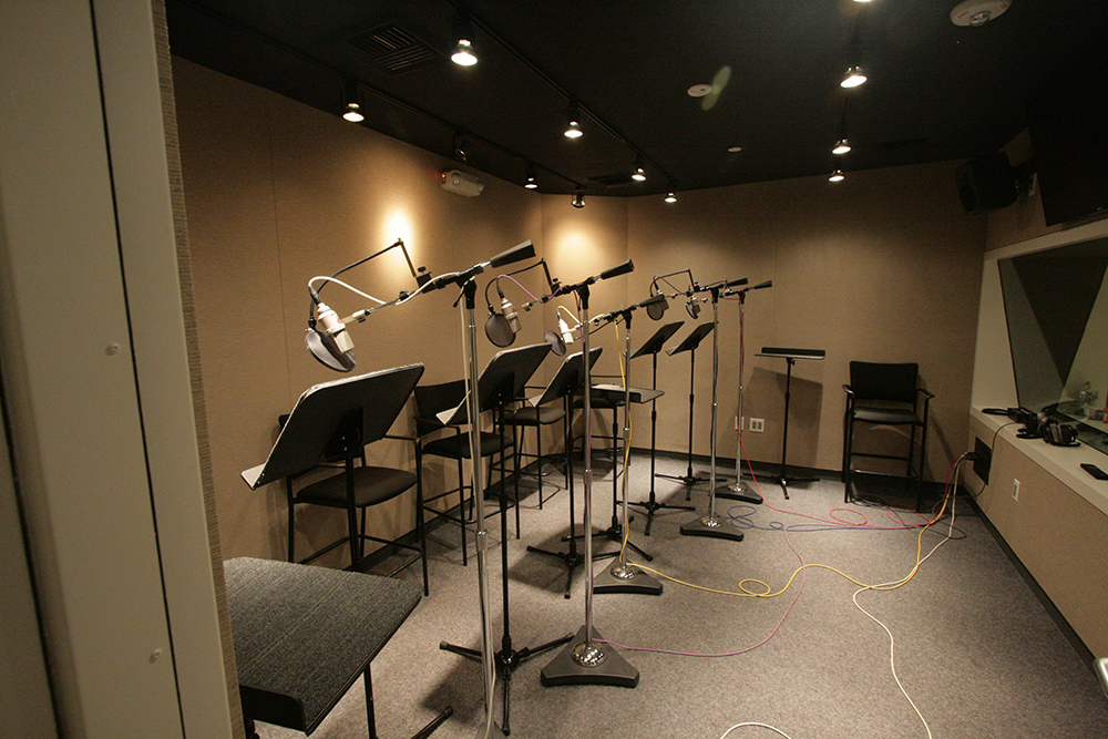Studio design by Jay Kaufman. Kaufman & Associates.