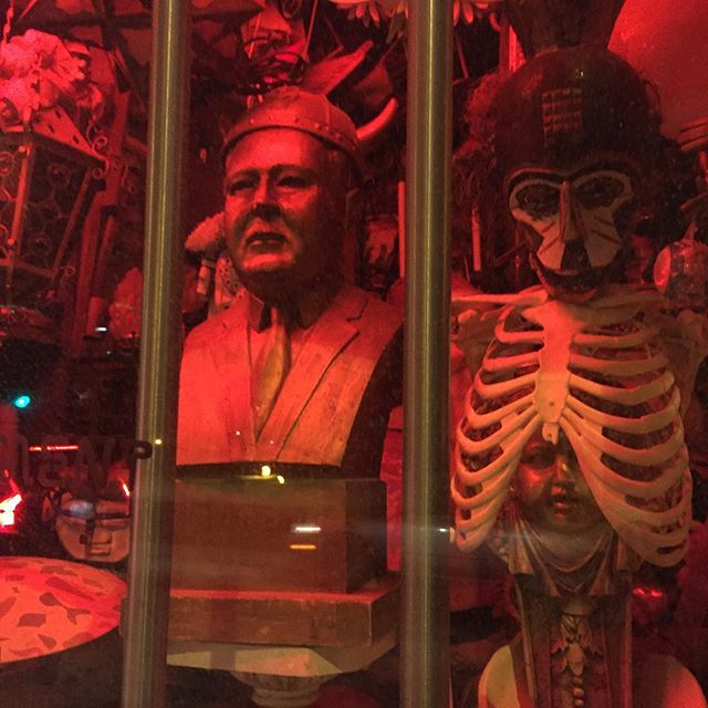 Made some new friends . . . #red #redlight #bust #skeleton