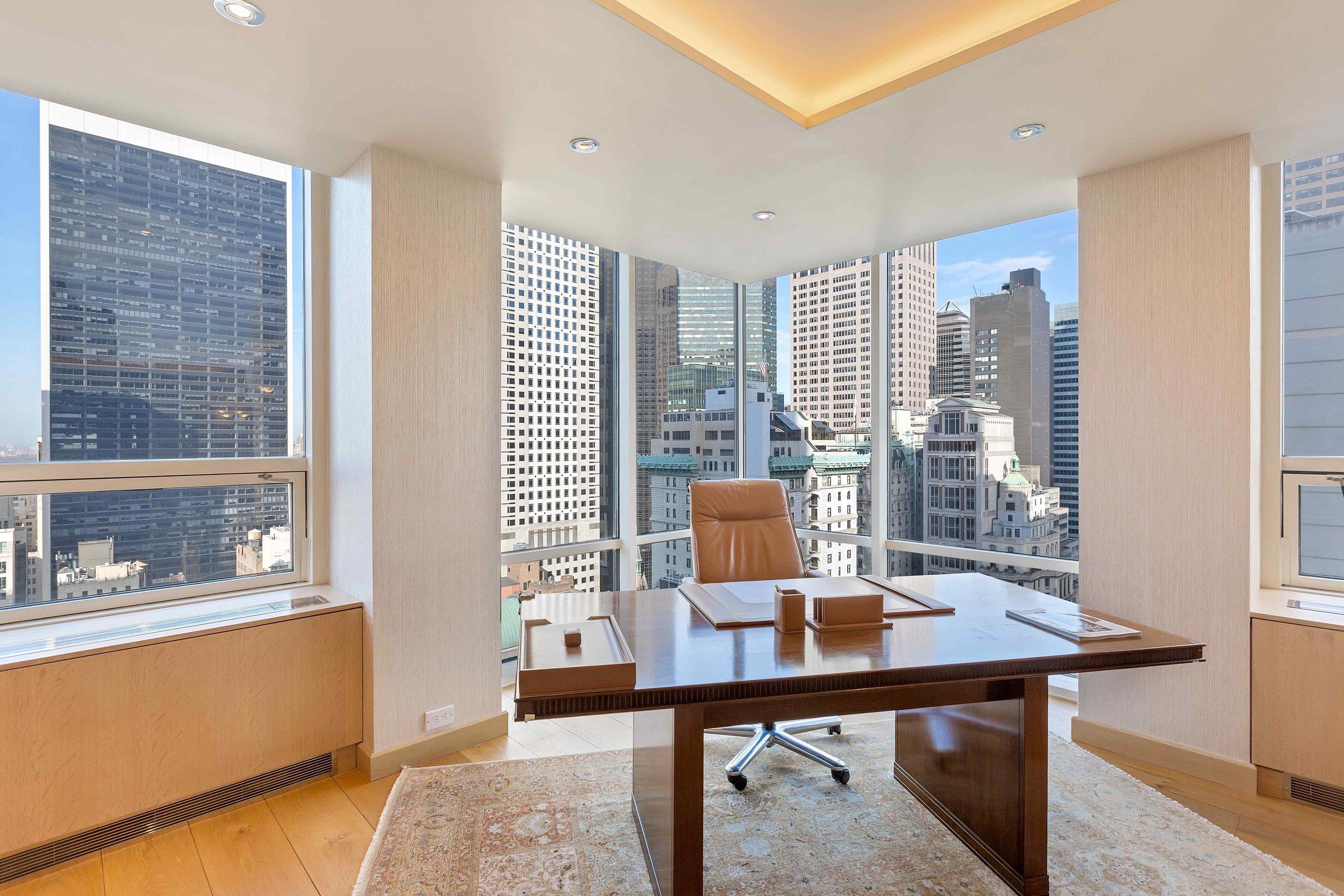 15 West 53rd Street 23AF Office.jpg
