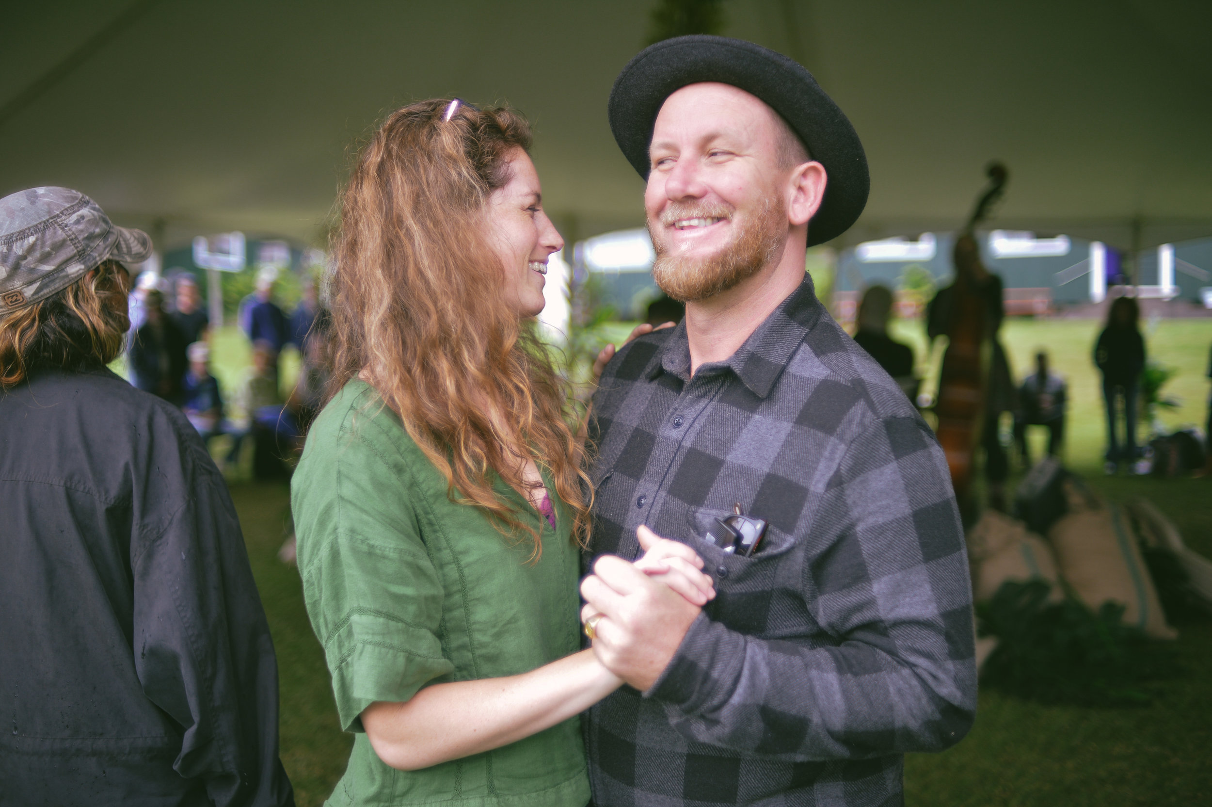 Cait Ellis of Lowbiscus and Kilin Reece share a dance at KOTG 2018