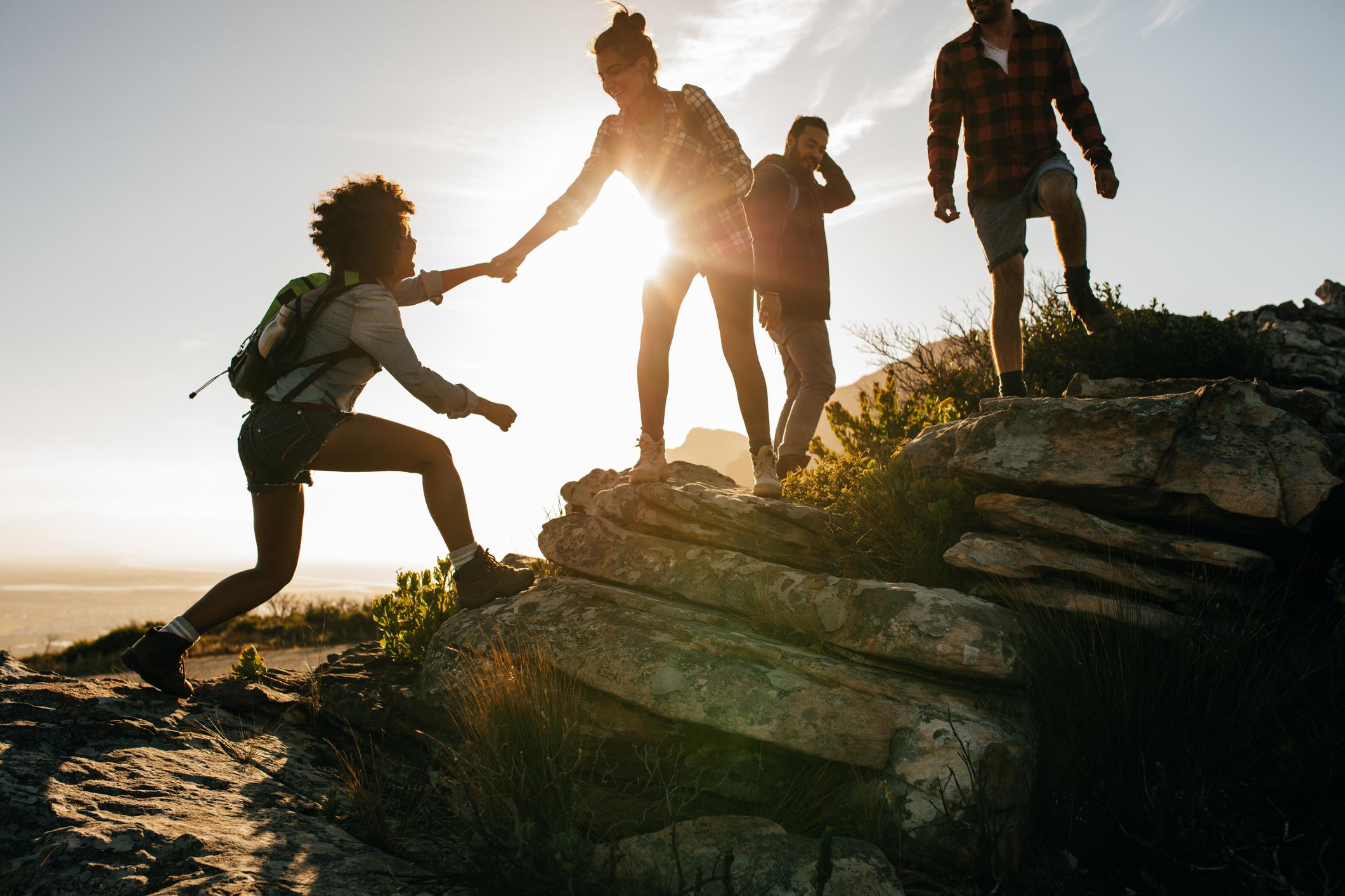 """- """"Att gå Inre och Yttre ledarskap ger mig en bra komplettering av de färdigheter jag förvärvade under år 1 och 2, med fokus på hur jag blir tryggare i min ledarroll. Detta gäller min förmåga att leda en grupp och framförallt hur jag leder mig själv."""" Deltagare"""