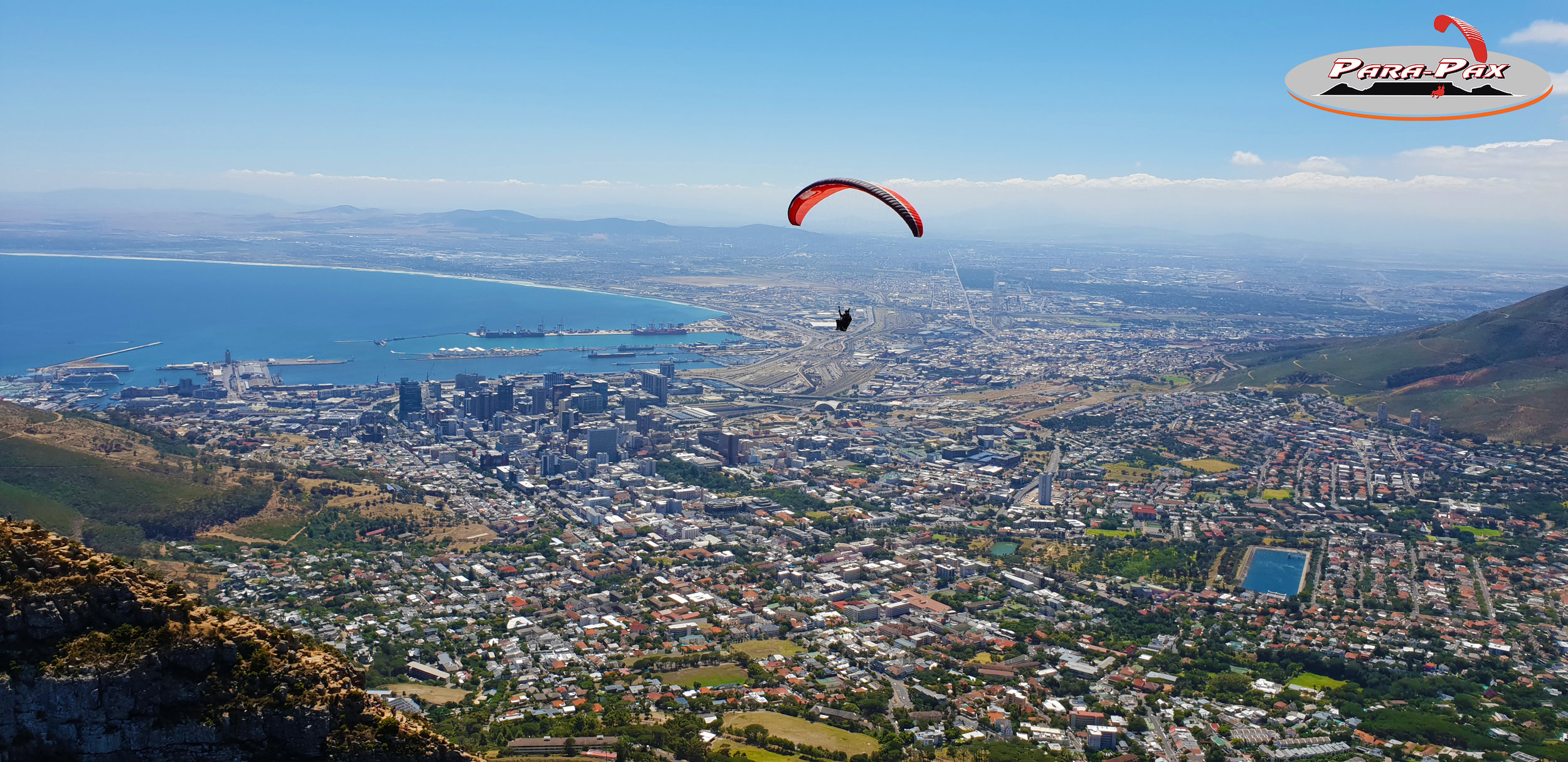 DAY TOUR - CAPE TOWN   Contact us directly for more information on day tours. Fly over the city while admiring Table Mountain, the beaches and the winelands. An experienced guide will accompany you for the day.