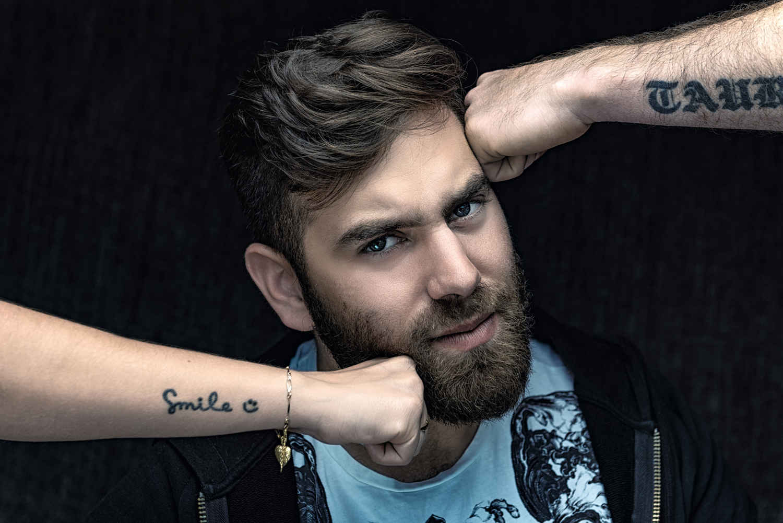צילום פורטרט לזמר מההרכב היפ הופ Jerusalem Style