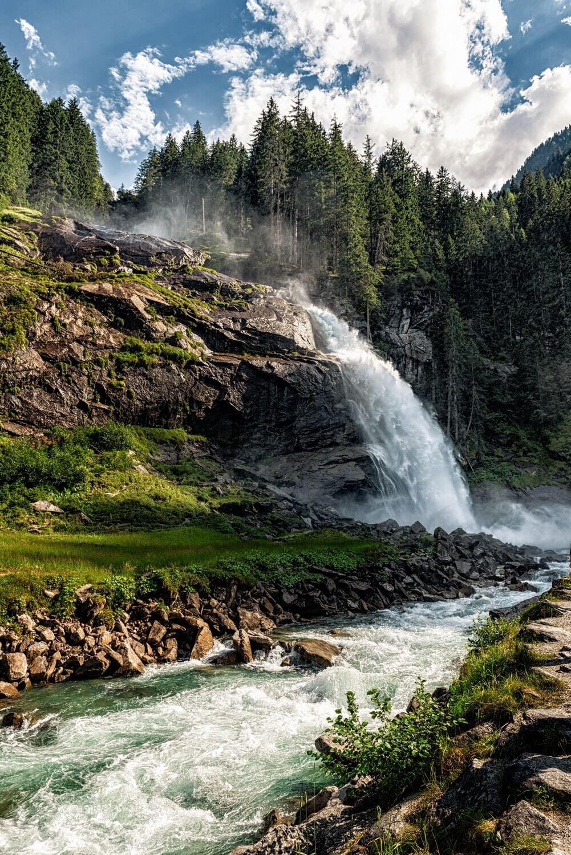 תמונת נוף - מפלי קרימל - צילום : ניר רויטמן