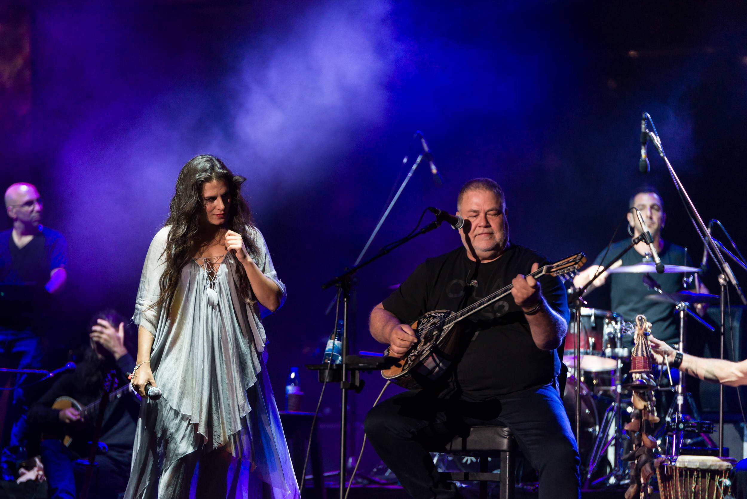 מירי מסיקה ויהודה פוליקר בהופעה חיה